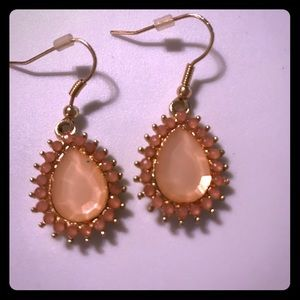 Jewelry - Two tone peach/gold earring